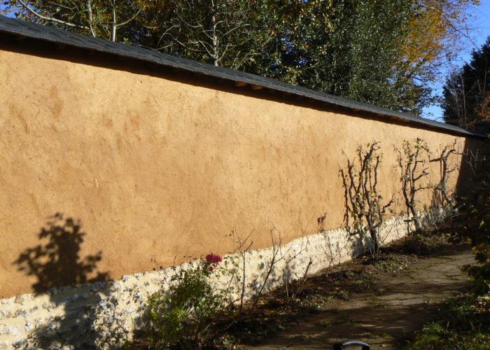 Mur en bauge - terre crue Normandie