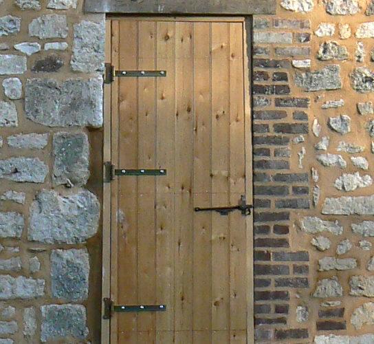 Porte d'écurie en Normandie