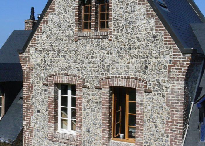 façade en silex en Normandie
