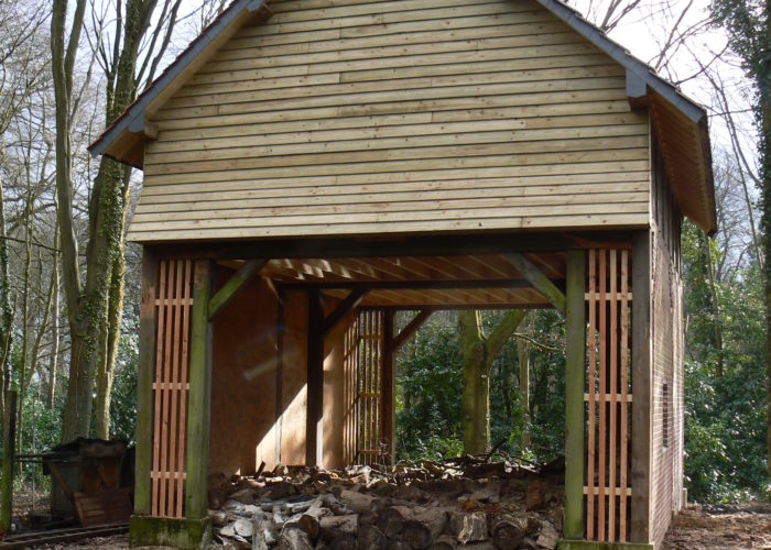Restauration d'un abri de jardin ancien