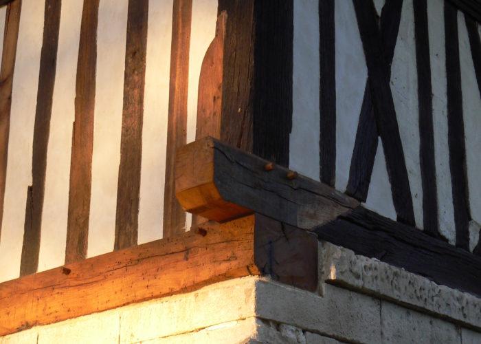 Restauration de colombages sur un manoir cauchois